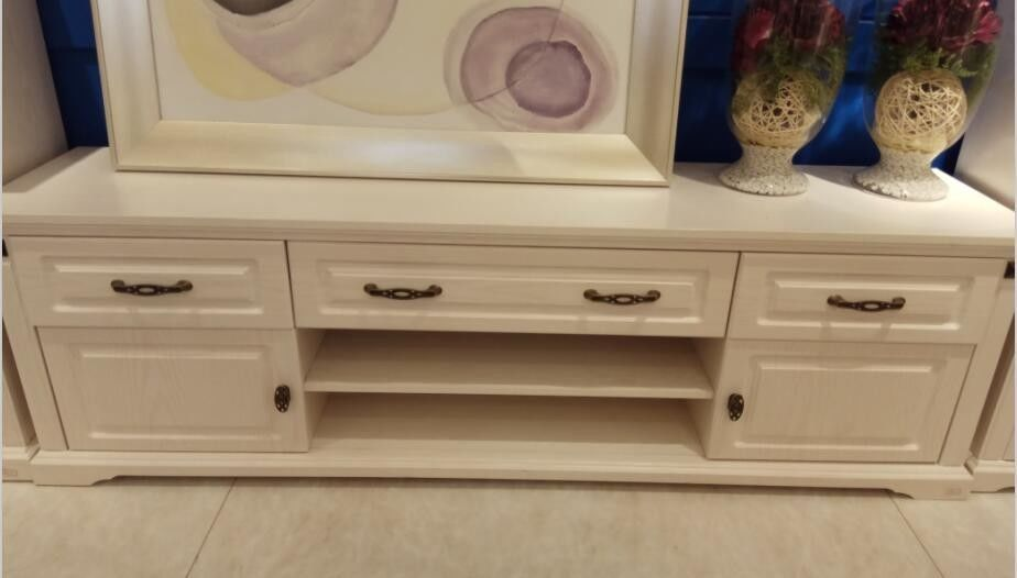 Moisture - Proof European Contemporary Furniture White TV Cabinet With Six Drawers